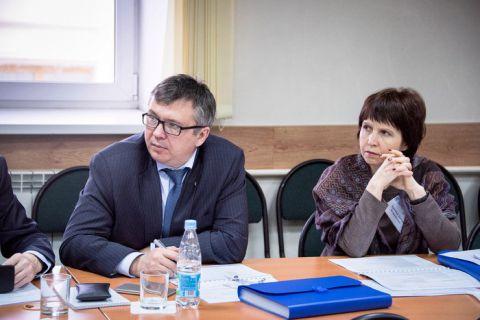 Руководители сибирских вузов повышают квалификацию в ИЭМ